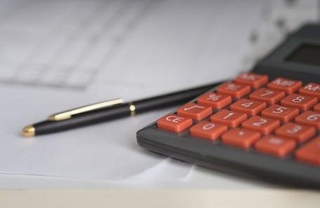 お金の見える化で無理のない資金計画を立てる